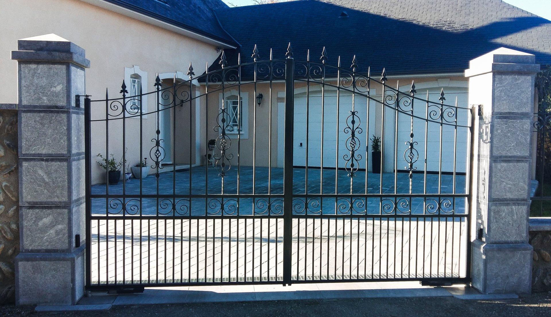 Faire Son Portail En Fer installation de portails et portes de garage à tarbes
